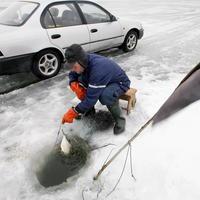 Talvine kalapüük Võrtsjärvel